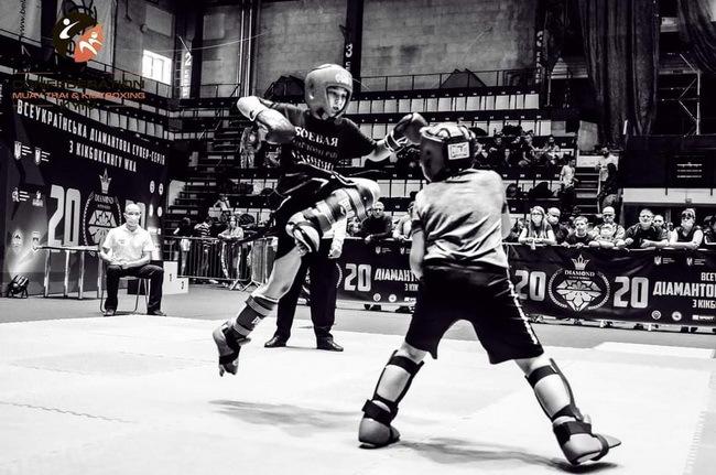 Юные николаевцы завоевали 30 медалей Всеукраинской Брилиантовой супер-серии по Кикбоксингу WKA | Корабелов.ИНФО image 1