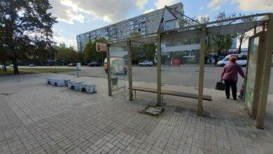 Photo of «Вам не стыдно, депутаты?», — жители Корабельного о разрухе в центре района