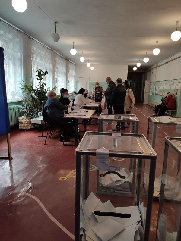 Николаевца с младенцем не пустили на участок проголосовать   Корабелов.ИНФО image 2