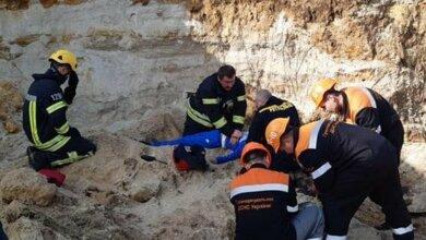 Photo of В Николаеве ребенка засыпало слоем почвы — мальчик погиб
