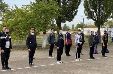 Зі збірного пункту в Корабельному районі 38 призовників поїхали до військових частин (відео) | Корабелов.ИНФО