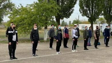 Photo of Зі збірного пункту в Корабельному районі 38 призовників поїхали до військових частин (відео)