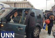 Photo of На Майдане Независимости водитель внедорожника сбил нескольких пешеходов – есть погибшие (видео)