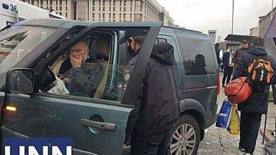 На Майдане Независимости водитель внедорожника сбил нескольких пешеходов – есть погибшие (видео) | Корабелов.ИНФО image 2