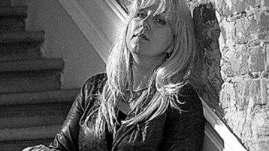 «В моей смерти прошу винить Российскую Федерацию»: редактор сайта подожгла себя у здания МВД | Корабелов.ИНФО