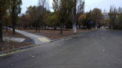Photo of У Корабельному районі ремонтують внутрішньоквартальні проїзди по проспекту Богоявленському