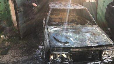 Photo of В Корабельном районе горели Mercedes и «ВАЗ»