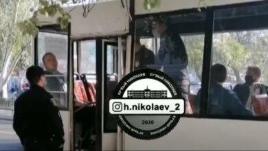 Спустя двое суток николаевская полиция прокомментировала жесткое задержание пассажира маршрутки   Корабелов.ИНФО