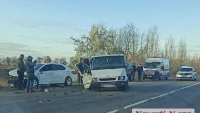 Photo of В Витовском районе из-за выехавшей на «встречку» фуры столкнулись четыре автомобиля