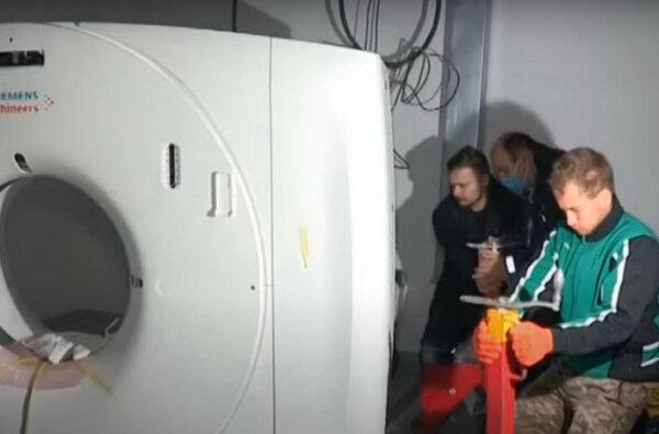 """установка аппарата КТ в новой """"инфекционке"""" в Корабельном районе"""
