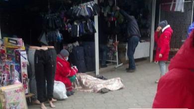 Photo of На рынке «Колос» в Николаеве на рабочем месте умерла продавец
