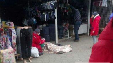 На рынке «Колос» в Николаеве на рабочем месте умерла продавец | Корабелов.ИНФО