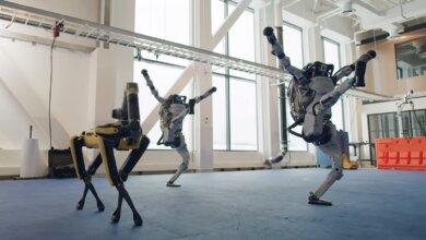 Роботы уже танцуют под рок-н-рольный хит (видео) | Корабелов.ИНФО