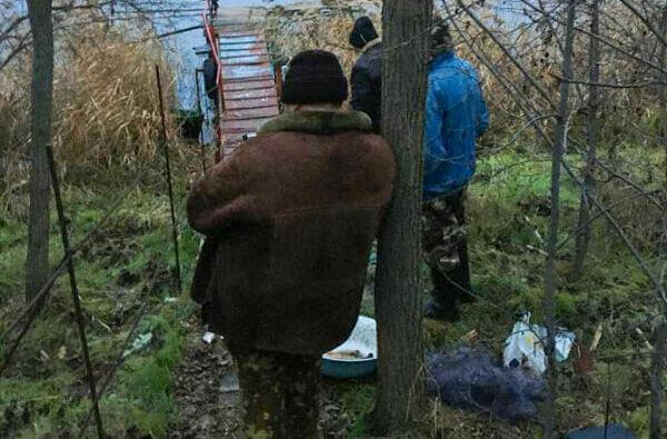 Могут сесть на 3 года: на Витовщине полиция задержала браконьеров, ловивших рыбу сетями | Корабелов.ИНФО