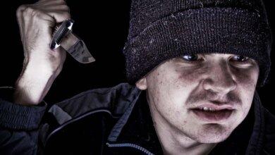 Шокер против ножа: ночью в Николаеве женщина спаслась от нападения разбойника | Корабелов.ИНФО image 2