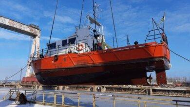 На заводе «Океан» начали ремонт гидрографического катера «А. Лысенко» | Корабелов.ИНФО