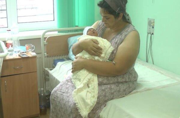 В Хмельницкой области мать родила восемнадцатого ребенка (видео)   Корабелов.ИНФО