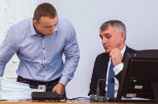 Семья заместителя мэра Сенкевича купила на миллионы квартиру и машину   Корабелов.ИНФО image 1