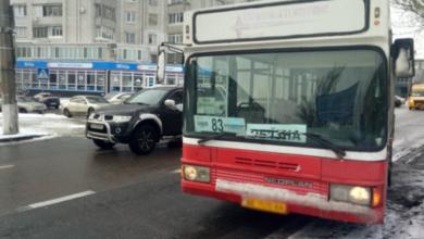 В Николаеве пассажирский автобус вылетел на бордюр   Корабелов.ИНФО