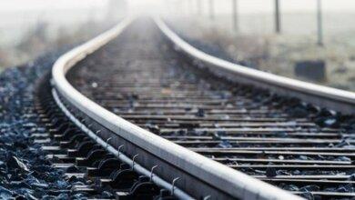 В Одессе девочка легла на железнодорожное полотно – машинист не смог остановить состав | Корабелов.ИНФО