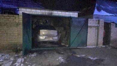 В Корабельном районе ночью горел автомобиль Opel Vectra | Корабелов.ИНФО