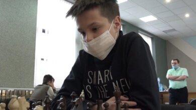 Лучшие шахматисты области разделили между собой 20 000 гривен (видео) | Корабелов.ИНФО