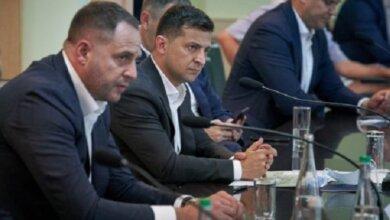 Полураспад «Слуги народа», «партия Разумкова» и новый политпроект Банковой | Корабелов.ИНФО