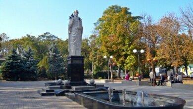 Памятник Святому Николаю в центре Николаева не принадлежит городу | Корабелов.ИНФО