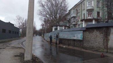 Почти 20 лет в Николаеве возле дома стоял незаконный забор – за ним скрывалась каменная стена | Корабелов.ИНФО image 3