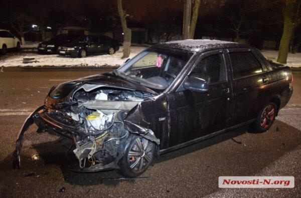 На проспекте Богоявленском столкнулись четыре автомобиля — трое пострадавших | Корабелов.ИНФО image 3