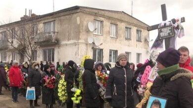 В Херсонской области похоронили 7-летнюю Машу Борисову, которую изнасиловали и задушили. Видео | Корабелов.ИНФО