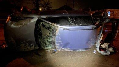 Пьяный 20-летний водитель на Volkswagen врезался в столб: четверо пострадавших   Корабелов.ИНФО