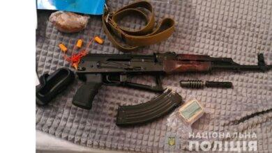 Полиция провела обыск у жителя Николаева, стрелявшего на Новый год в движущийся «Мерседес» | Корабелов.ИНФО