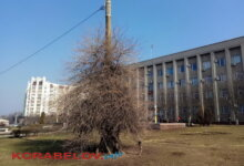 здание администрации Корабельного района