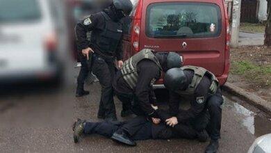 Полиция задержала таксиста, застрелившего женщину в центре Николаева (Видео) | Корабелов.ИНФО image 3