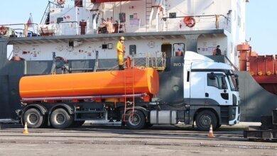 """Порт """"Ольвія"""" вперше власними силами прийняв забруднюючі речовини з судна   Корабелов.ИНФО image 1"""