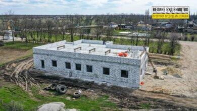 Уже установили внутренние стены: в Галицыново строят сельскую амбулаторию   Корабелов.ИНФО image 3