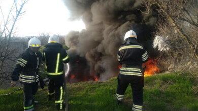 Пожар на 100 кв. м: на свалке в Корабельном районе жгли шины (Видео) | Корабелов.ИНФО image 1