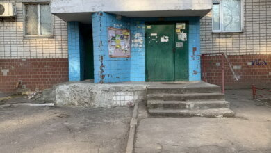 3-й подъезд дома по ул. Океановской, 34
