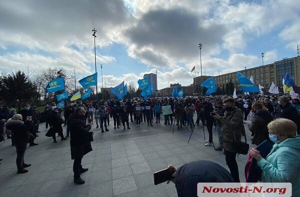 «Нет лох-дауну»: в Николаеве митингуют против карантинных ограничений | Корабелов.ИНФО image 1