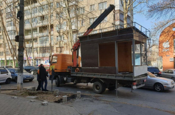 Снос одного незаконного киоска обходится бюджету Николаева в 13 тысяч гривен | Корабелов.ИНФО