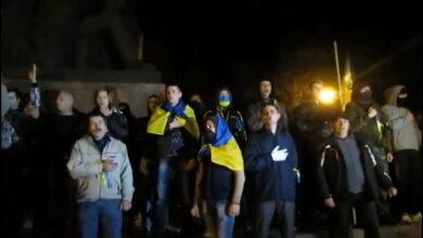 патриоты, разогнавшие в Николаеве пророссийский лагерь 07.04.2014
