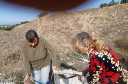 """""""Слабоумие этих особей поражает"""": опубликованы фото жителей Корабельного района, устроивших мусорную свалку   Корабелов.ИНФО image 3"""