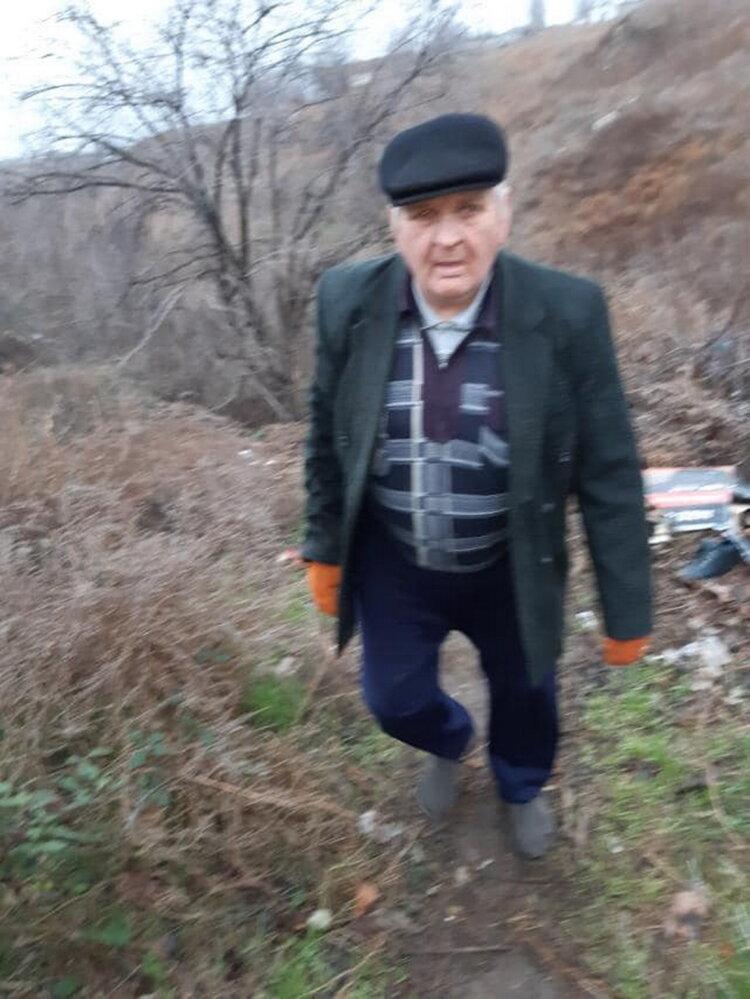 """""""Слабоумие этих особей поражает"""": опубликованы фото жителей Корабельного района, устроивших мусорную свалку   Корабелов.ИНФО image 9"""