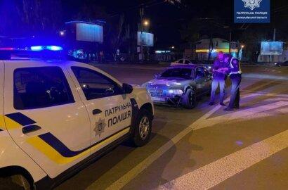 В Николаеве патрульные поймали водителя BMW, который «дрифтовал» на кольце | Корабелов.ИНФО