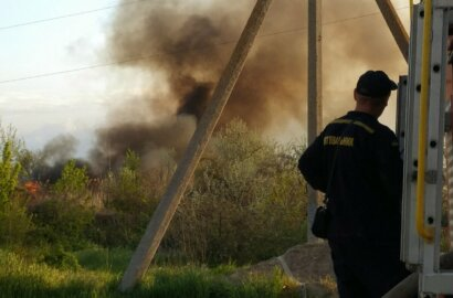 Пожар вблизи жилого сектора в Корабельном районе (Видео) | Корабелов.ИНФО image 2