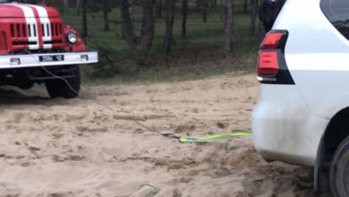 В Балабановке спасатели помогли вытянуть завязший в песке внедорожник | Корабелов.ИНФО
