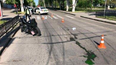 В Николаеве мотоциклист сбил пожилую женщину на переходе   Корабелов.ИНФО
