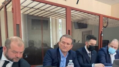 Суд отправил Медведчука под круглосуточный домашний арест | Корабелов.ИНФО