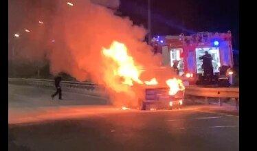 В Корабельном районе ночью во время движения загорелся «ВАЗ» | Корабелов.ИНФО